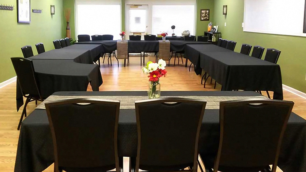 Large Conference Meeting Room